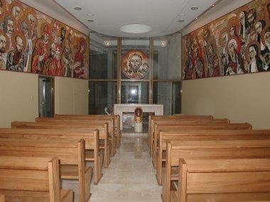het-evet-kapott-a-katolikus-pap-mert-gyermekeket-molesztalt